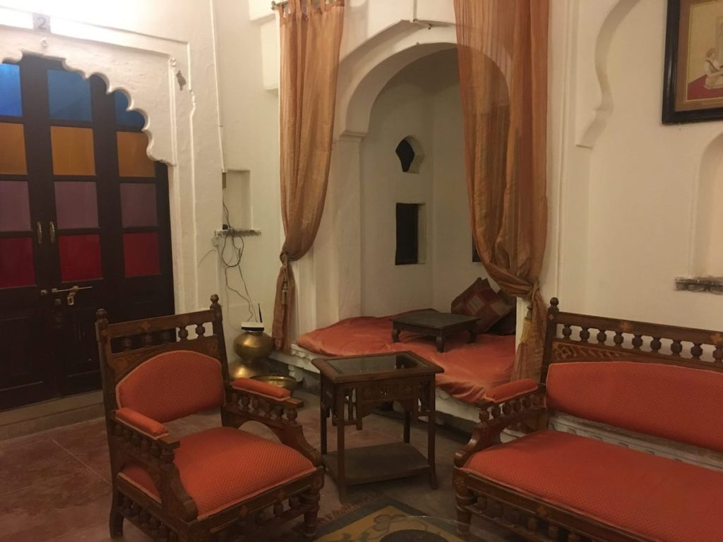 Lobby at Bhainsrorgarh, Best hotels in fort